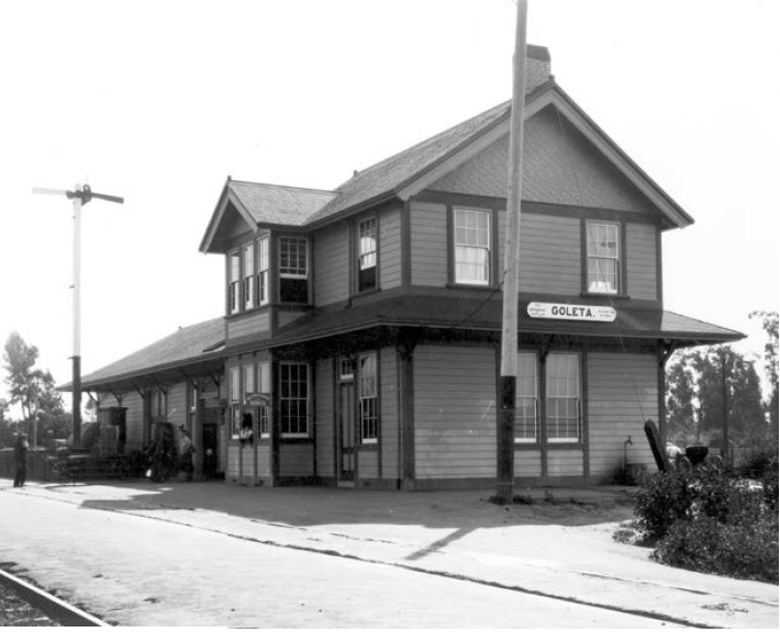 Goleta Depot 1912 (trackside view)